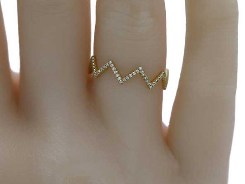 انگشتر زنانه طرح زیگزاک