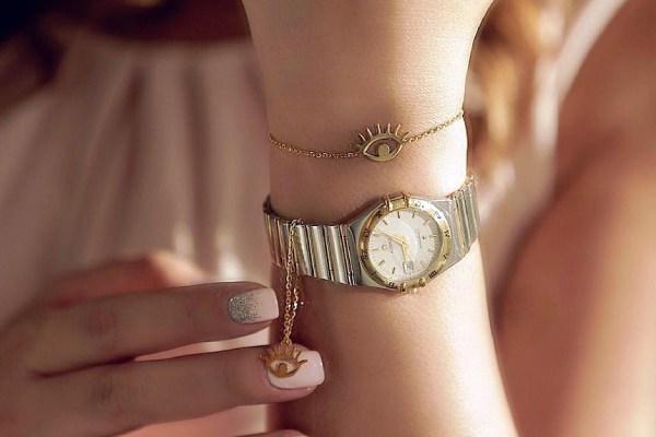 سفارش آویز اسم ساعت طلا