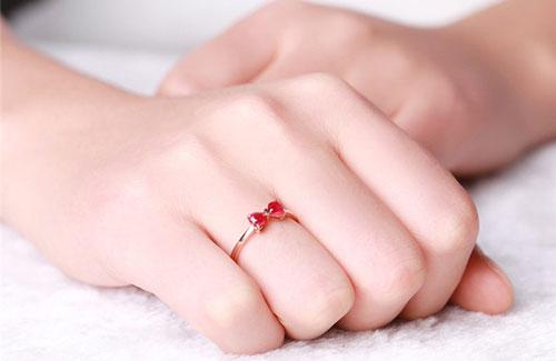 انگشتر ظریف زنانه