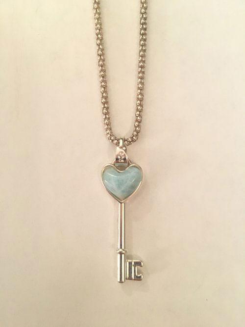 گردنبند کلید با طرح قلب