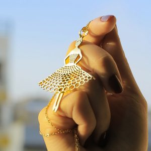 گردنبند طلا با طرح دختر